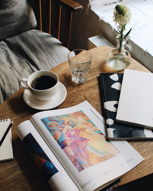 Základová fotografie zdarma na téma časopis, káva, kofein, nápoj