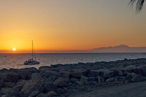Δωρεάν στοκ φωτογραφιών με Ανατολή ηλίου, απόγευμα, αυγή, βάρκα
