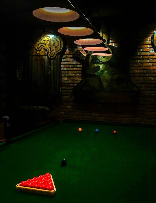 Foto profissional grátis de # life # lights # pool_table # design
