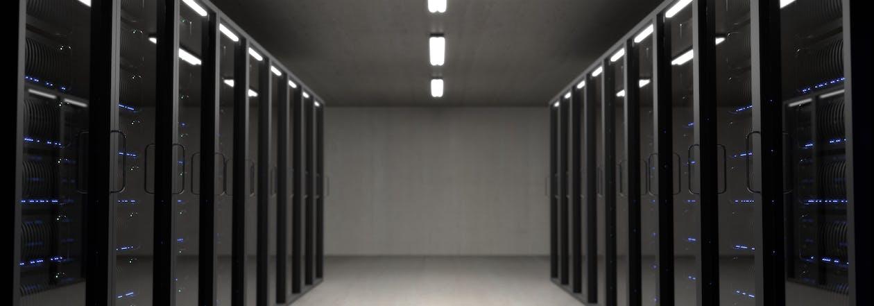 Instalación, mantenimiento y soporte de servidores virtuales, empresariales y dedicados