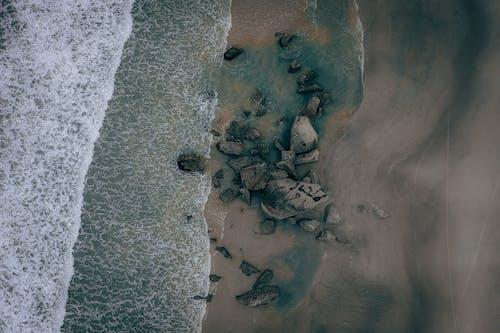 Foto stok gratis air, basah, batu, gelombang