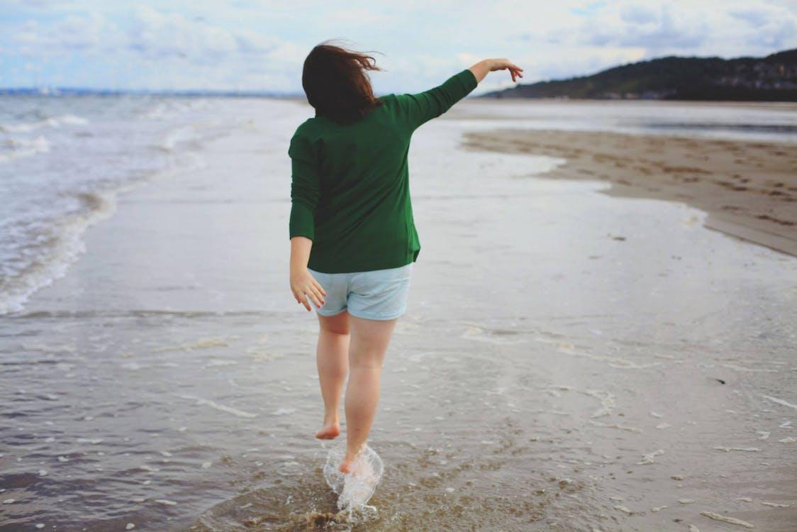 agua, alegría, arena