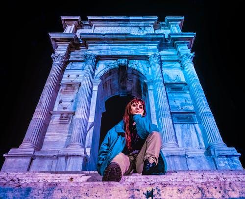 คลังภาพถ่ายฟรี ของ arco di traiano, กลางคืน, กลางแจ้ง, การท่องเที่ยว