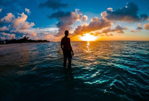 Photos gratuites de aube, beau coucher de soleil, coucher de soleil, coucher de soleil sur la plage