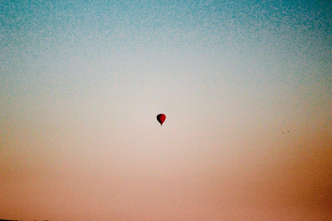 Бесплатное стоковое фото с воздушный шар, жизнь, минимализм