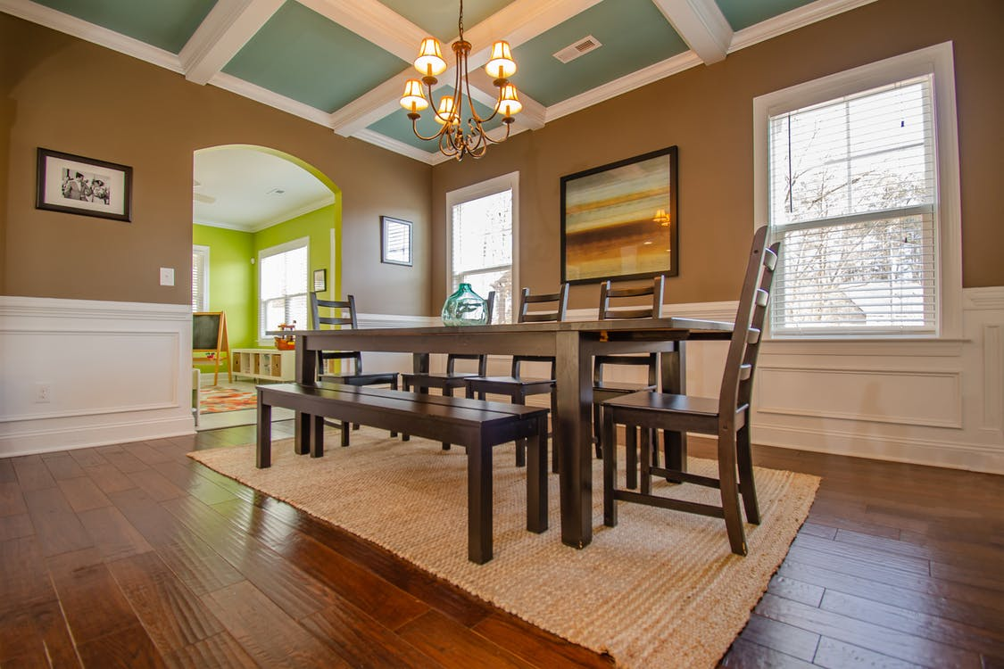 Photo of Dining Table With Chairs