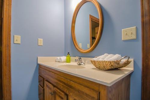 Fotos de stock gratuitas de acogedor, adentro, baño, casa