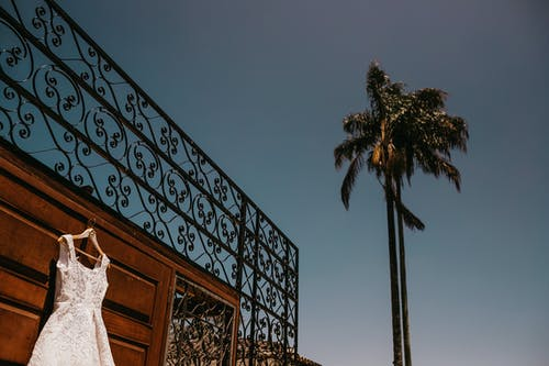 ガウン, フェンス, ぶら下がり, ホテルの無料の写真素材
