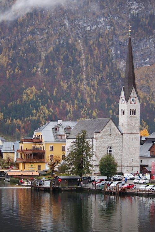Gratis lagerfoto af arkitektur, bjerg, bygninger, dagslys