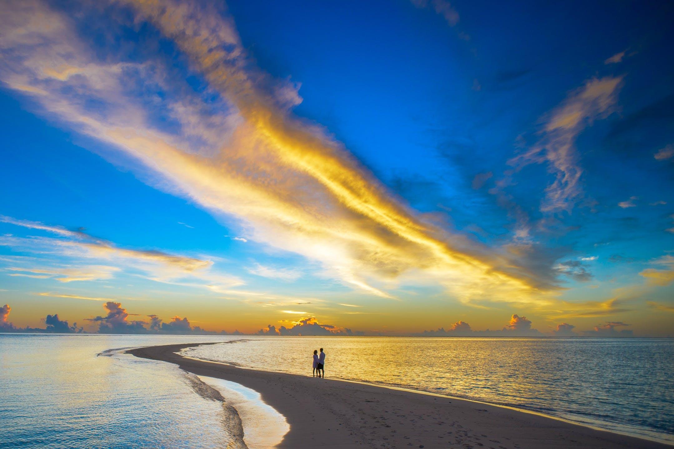 Foto profissional grátis de água, alvorecer, areia, azul