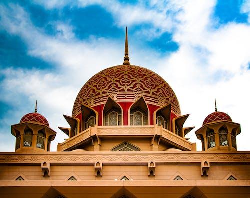 Ilmainen kuvapankkikuva tunnisteilla arkkitehtuuri, historiallinen, ikkunat, islamilainen