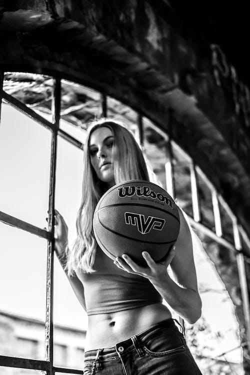 Gratis lagerfoto af alvorlige, ansigtsudtryk, basketball, bold