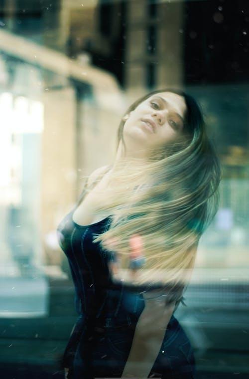 Foto d'estoc gratuïta de bellesa, bonic, desgast, dona