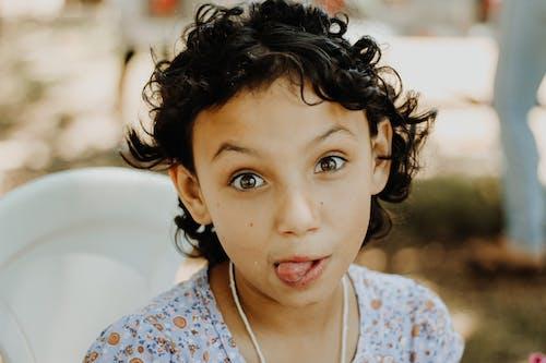 Gratis arkivbilde med ansiktsuttrykk, barn, bedårende, fritid