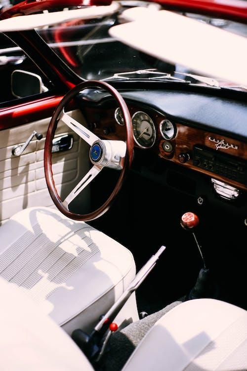 スピードメーター, ダッシュボード, ハンドル, 自動車の無料の写真素材