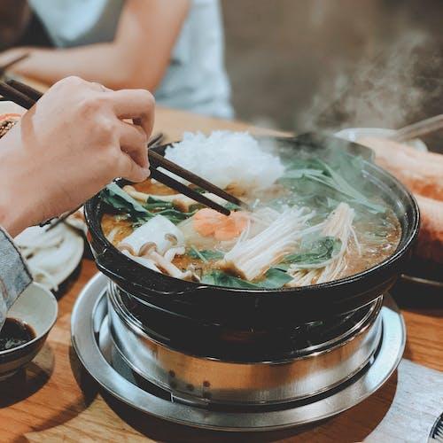 アジア料理, しゃぶしゃぶ, ハンド, フードの無料の写真素材