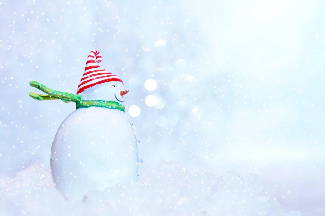 Sneeuwman Met Rode Hoed