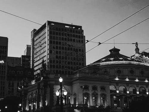 市中心, 建築, 黑與白 的 免費圖庫相片