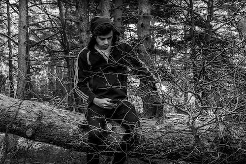 Fotobanka sbezplatnými fotkami na tému 20-25 ročný muž, autoportrait, biela, čierna