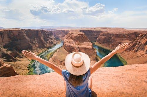 Ilmainen kuvapankkikuva tunnisteilla arizona, henkilö, joki, kanjoni