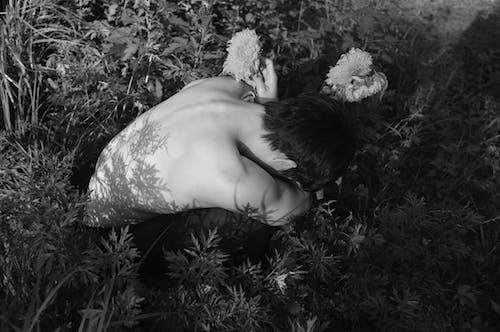 꽃, 나체, 모델, 버려진의 무료 스톡 사진