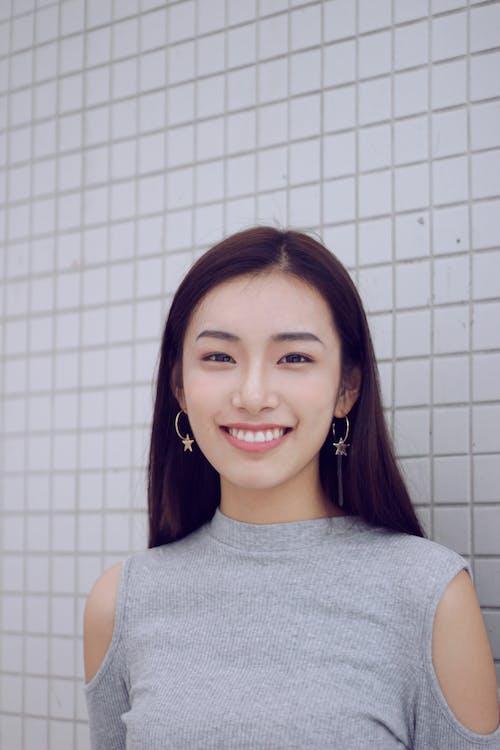 Gratis lagerfoto af Asiatisk pige, attraktiv, smil, Smuk
