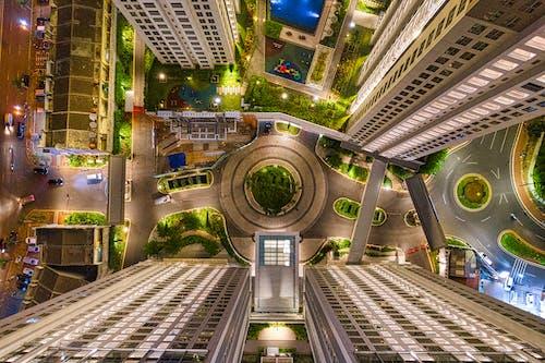 Základová fotografie zdarma na téma apartmány, architektura, budov, centrum města