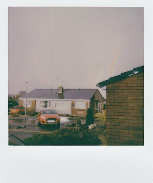Základová fotografie zdarma na téma auto, dlažba, doma, doprava
