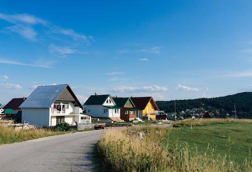 Foto d'estoc gratuïta de a l'aire lliure, arquitectura, camp, casa