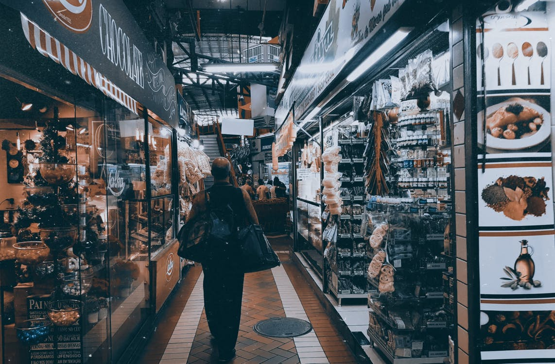 Arsitektur, barang dagangan, bazar