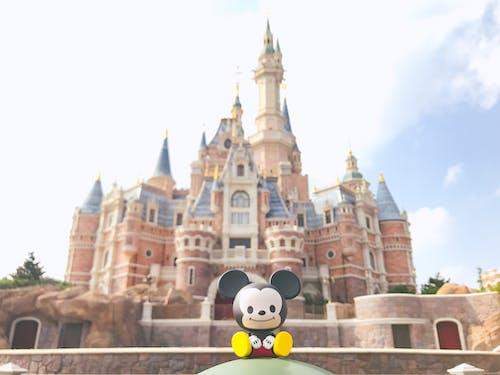 Foto profissional grátis de castelo, disneylândia, mickey