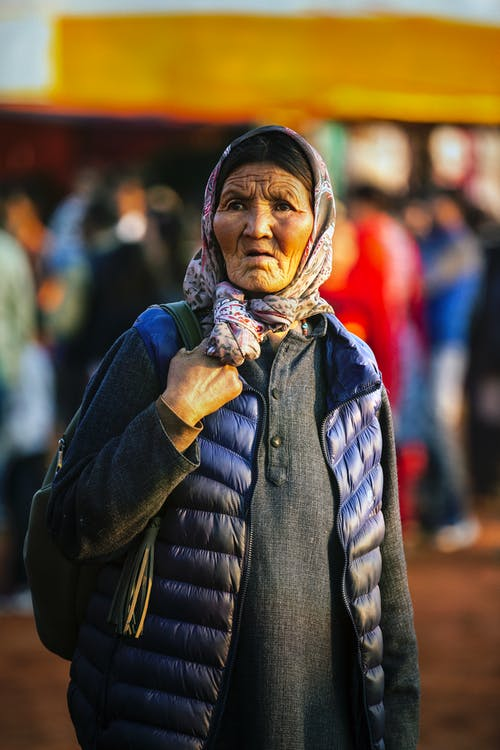 Foto profissional grátis de cachecol, descomplicado, ladakh, lady