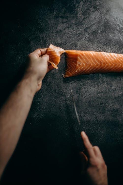 akşam yemeği, beslenme, bıçak, Deniz ürünleri içeren Ücretsiz stok fotoğraf