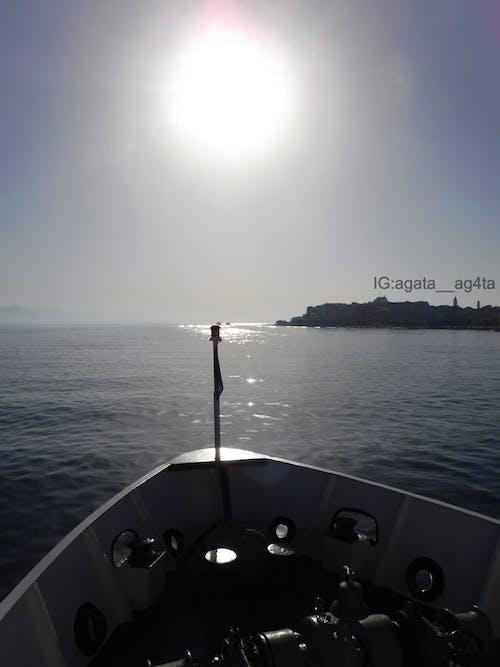 Kostenloses Stock Foto zu baden, blaues meer, boot
