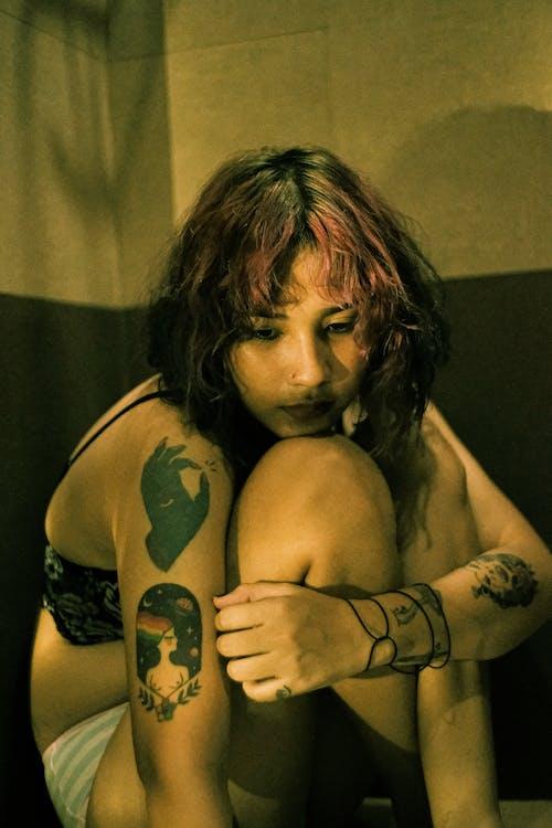 Foto stok gratis bertelanjang dada, kaum wanita, kesepian, model