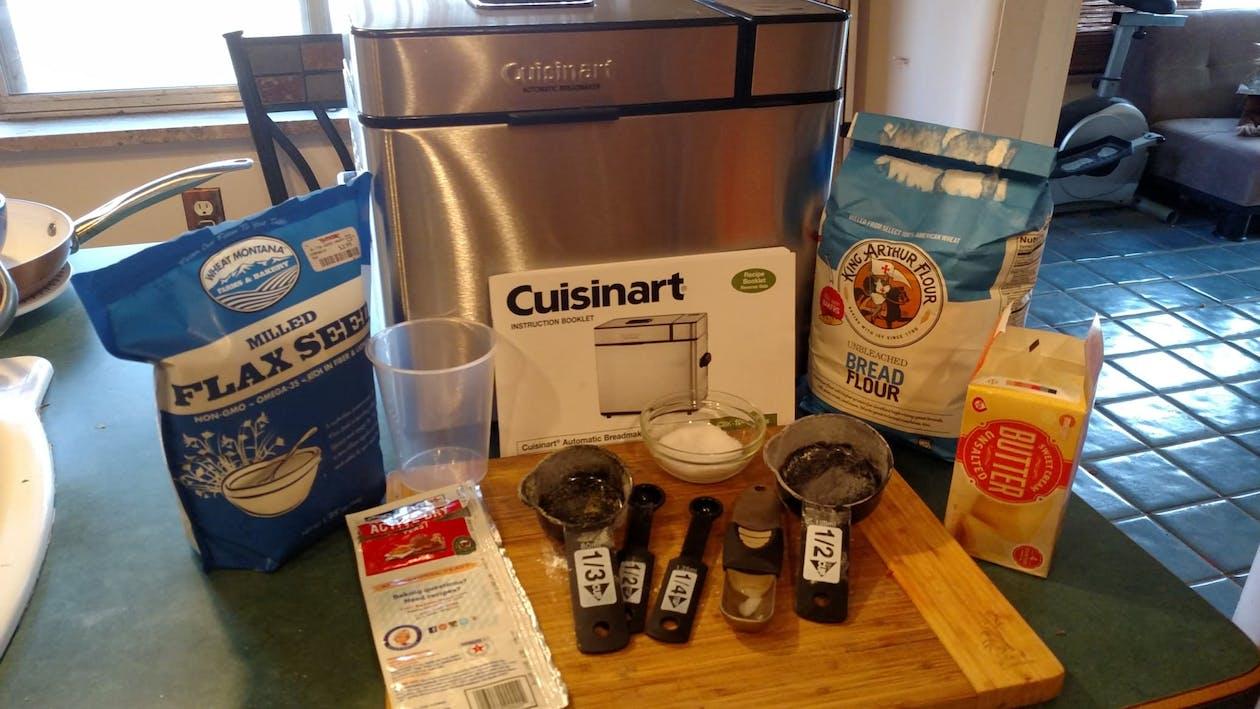 ingredientes de pan, maquina para hacer pan