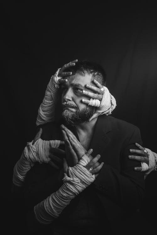 Foto profissional grátis de angústia, apavorado, cabisbaixo, depressão
