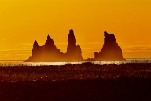 Fotobanka sbezplatnými fotkami na tému červené trávy, krásny západ slnka, magická hodina, mraky