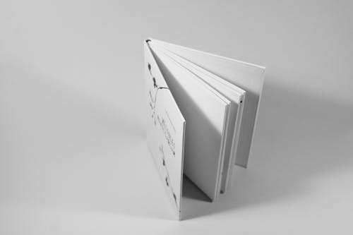 kâğıt, kitap, sayfalar içeren Ücretsiz stok fotoğraf