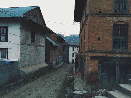 구시가지, 빈 거리, 작은 마을, 집의 무료 스톡 사진