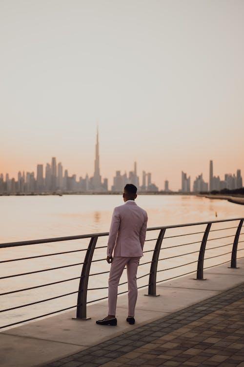 Gratis arkivbilde med antrekk, bod, bruke, de forente arabiske emirater