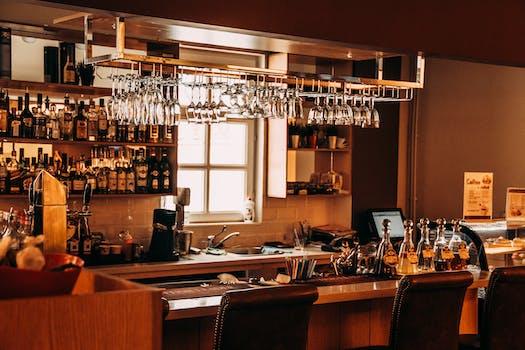 250+ Great Bar Photos · Pexels · Free Stock Photos