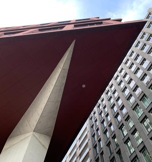 Бесплатное стоковое фото с архитектура, здания, офисное помещение, офисный блок