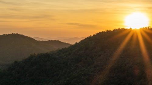 Imagine de stoc gratuită din apus, frumusețe în natură, munți, Raze de soare