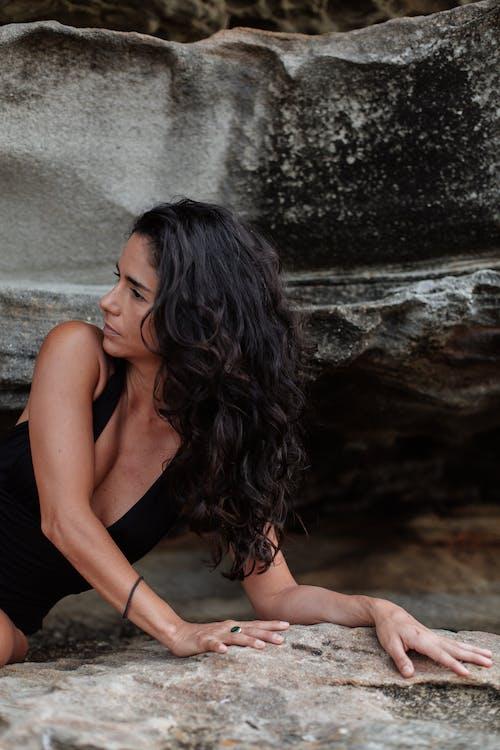 きれいな女性, くつろぎ, グラマー, セクシーの無料の写真素材