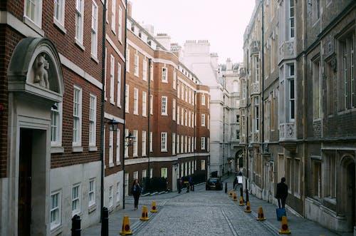 Fotos de stock gratuitas de 35 mm, barrio, calle, calles de londres