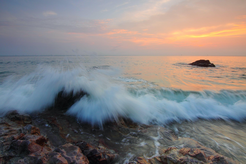 Gratis lagerfoto af aften, bølger, dis, hav