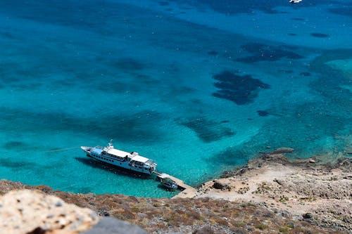 Imagine de stoc gratuită din albastru, apă albastră, apă curată, barcă