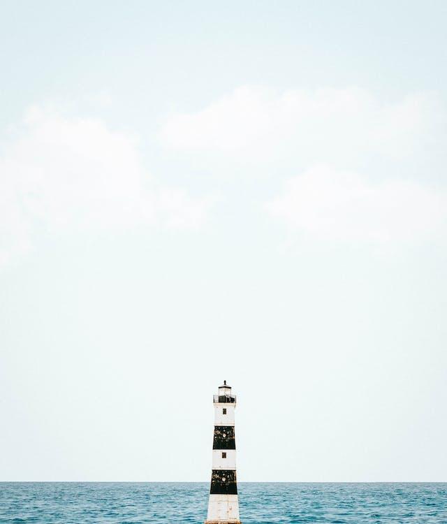 Gratis lagerfoto af dagtimer, fyrtårn, hav