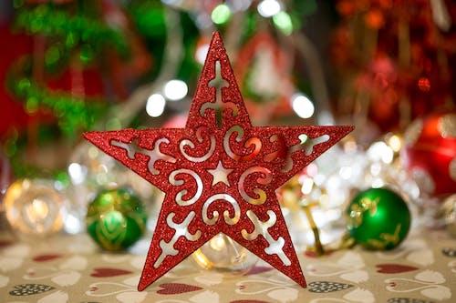 Immagine gratuita di decorazione natalizia, natale, rosso